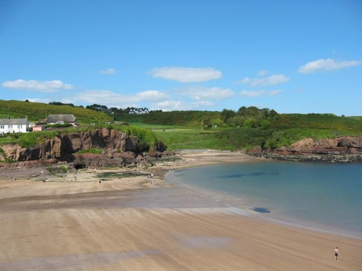 Dunmore East Holiday Park - Photo 1