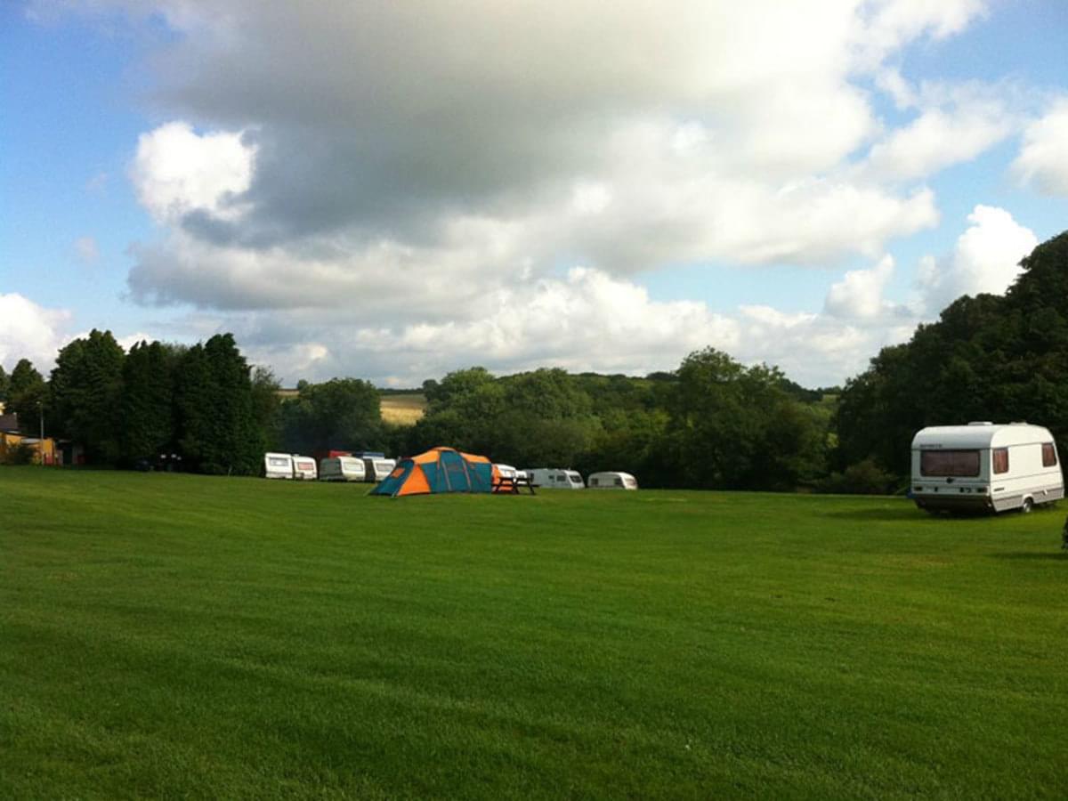 Giants Head Caravan & Camping Park - Photo 1
