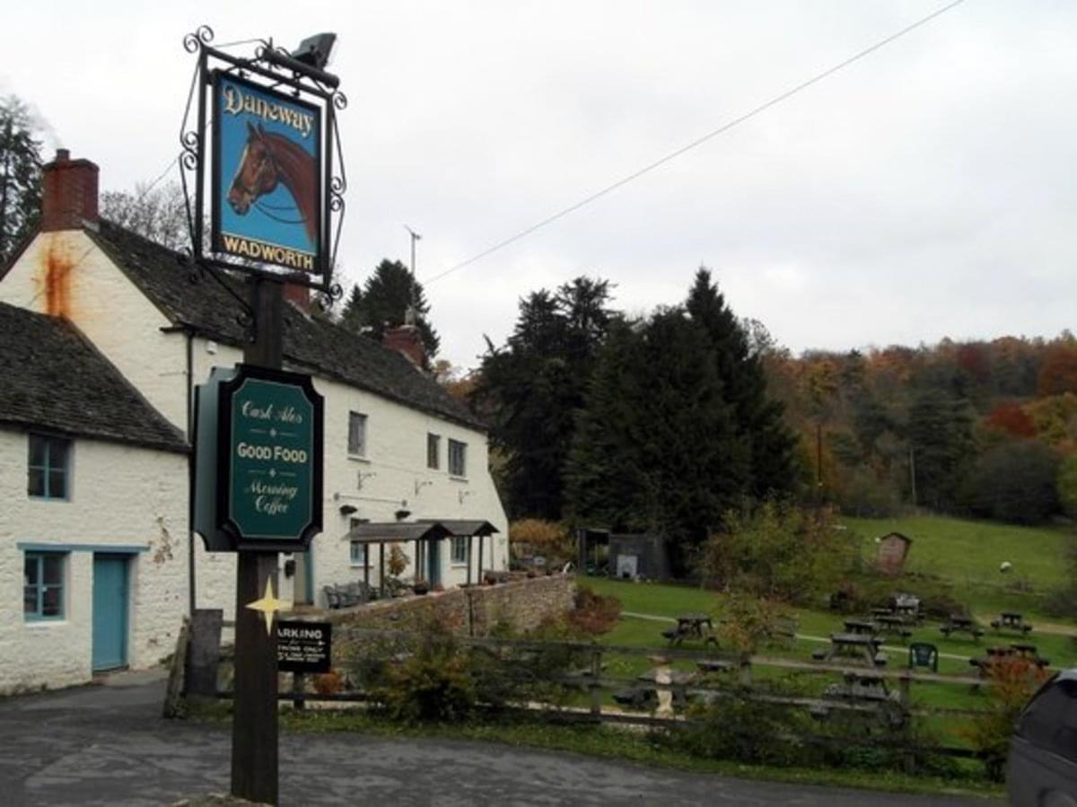 The Daneway Inn - Photo 3