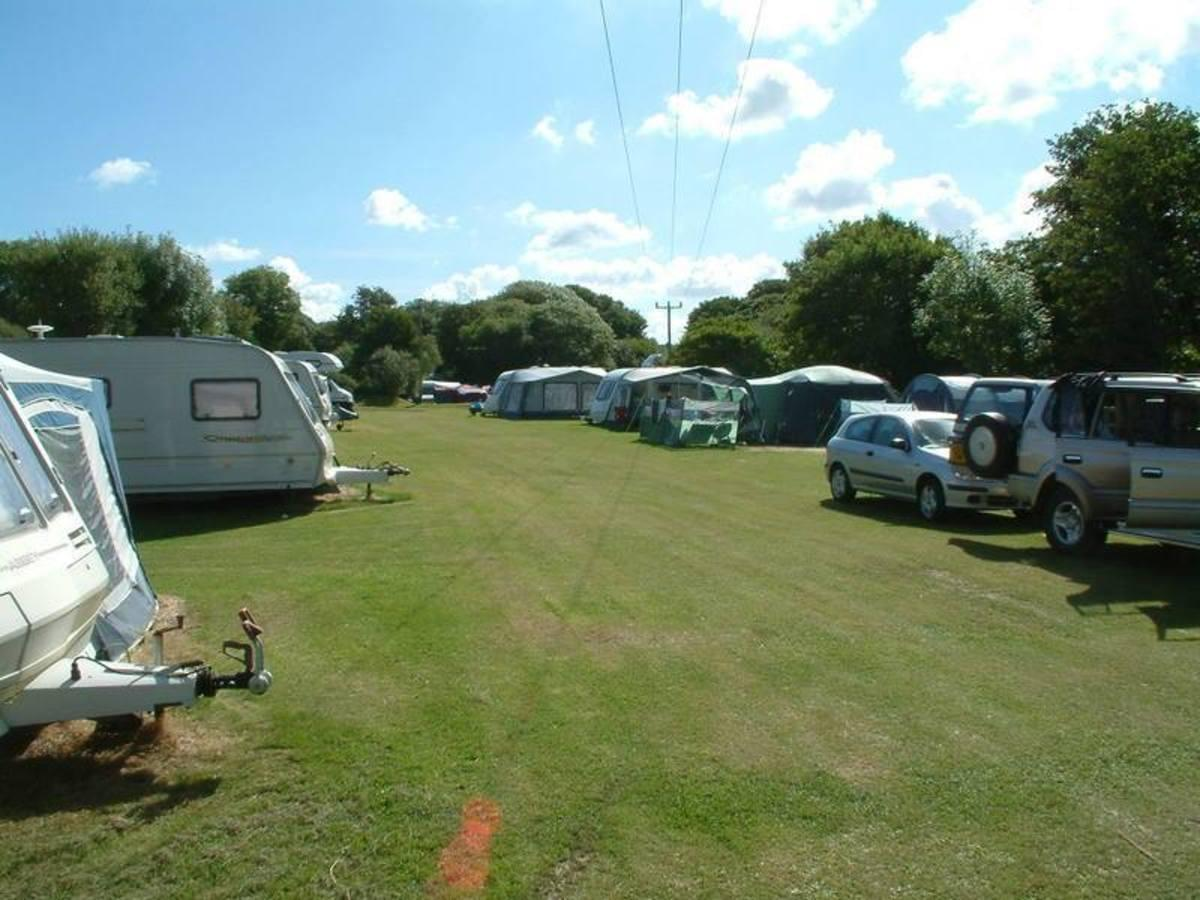 Riverside Holiday Park - Photo 12