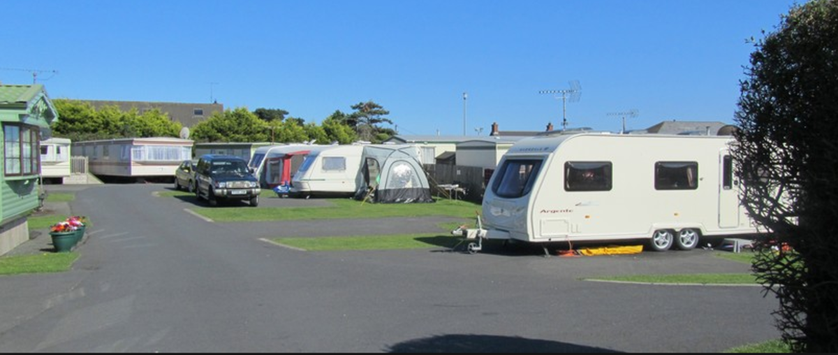 Gyles Quay Caravan Park - Photo 3