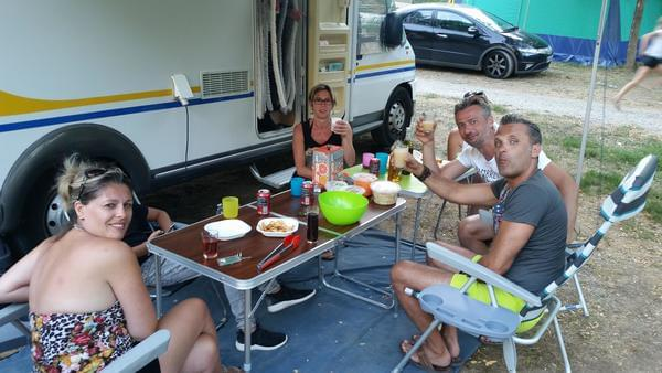 Camping Coeur d'Ardèche - Photo 9