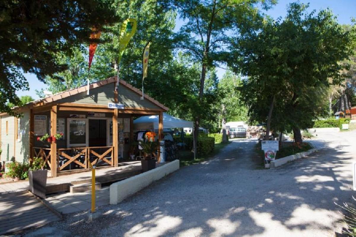 Camping Le Mas de Reilhe - Photo 9