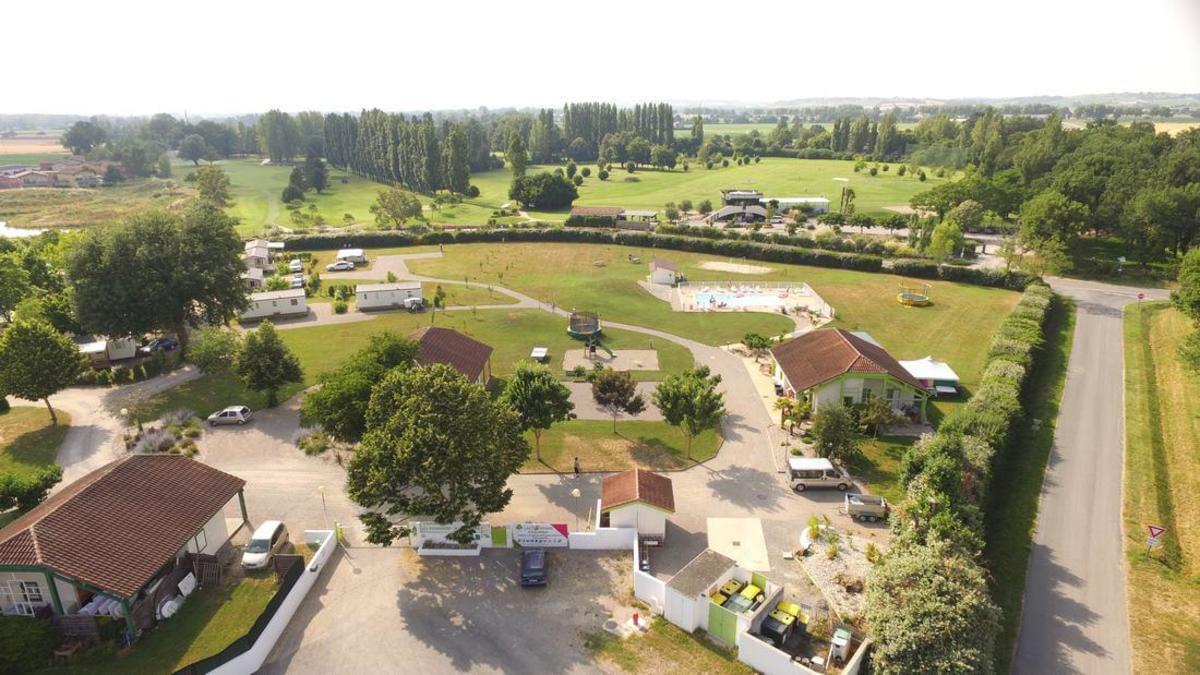 Camping Les Pommiers d'Aiguelèze - Photo 4