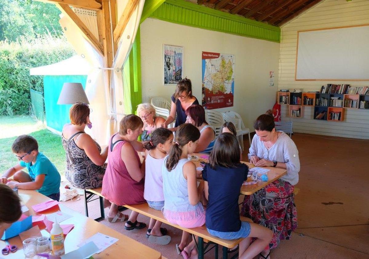 Camping Les Pommiers d'Aiguelèze - Photo 14