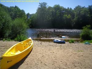 Camping LES CHALETS SUR LA DORDOGNE - Photo 17
