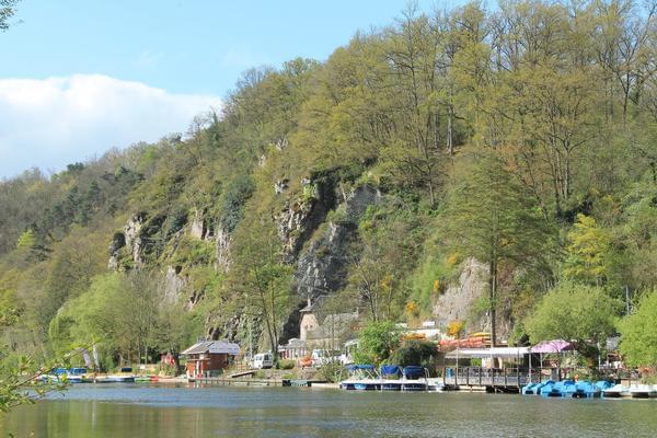 Camping Les Rochers des Parcs - Photo 1