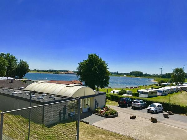 Recreatiepark en Jachthaven Rhederlaagse Meren - Photo 4