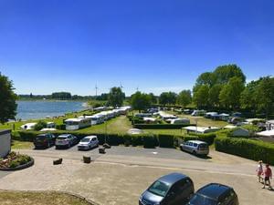 Recreatiepark en Jachthaven Rhederlaagse Meren - Photo 2