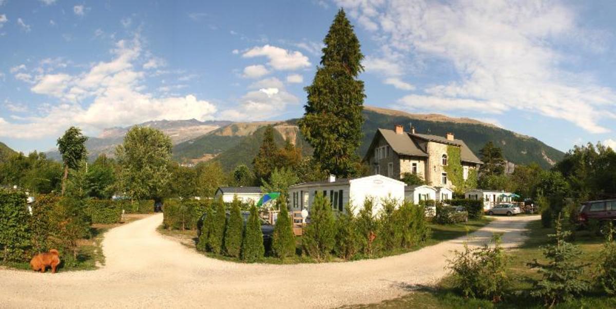 Camping Château de Rochetaillée - Photo 6