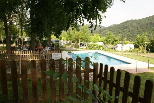 Camping La Soleia d'Oix - Photo 4