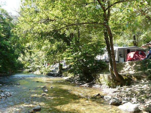 Camping Au Vallon Rouge - Photo 3