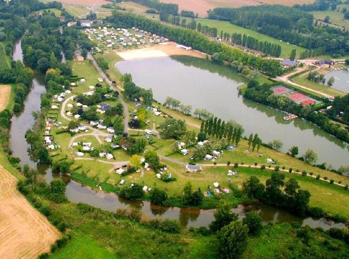 Camping du Lac des Varennes - Photo 1