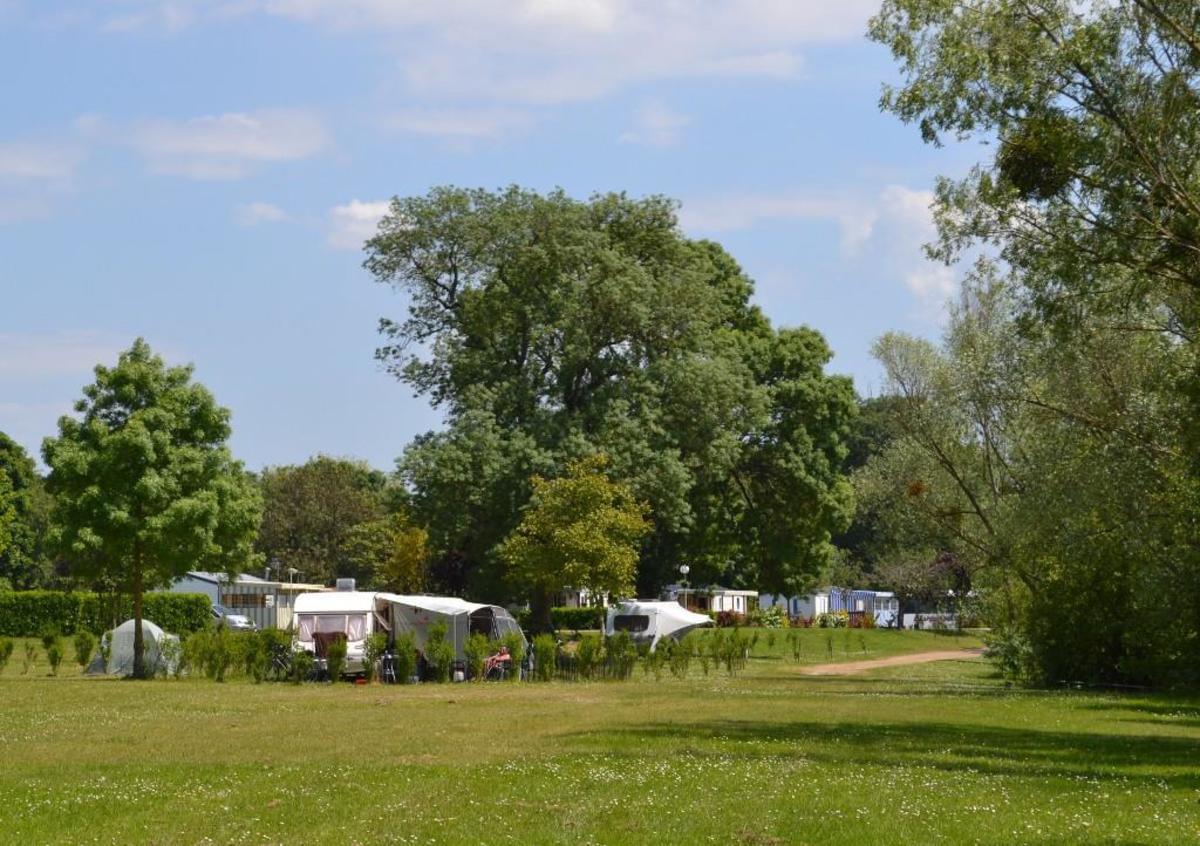 Camping du Lac des Varennes - Photo 3