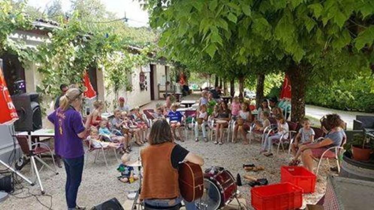 Camping La Castillonderie - Photo 35