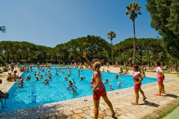 Baia Domizia Villaggio Camping - Photo 1