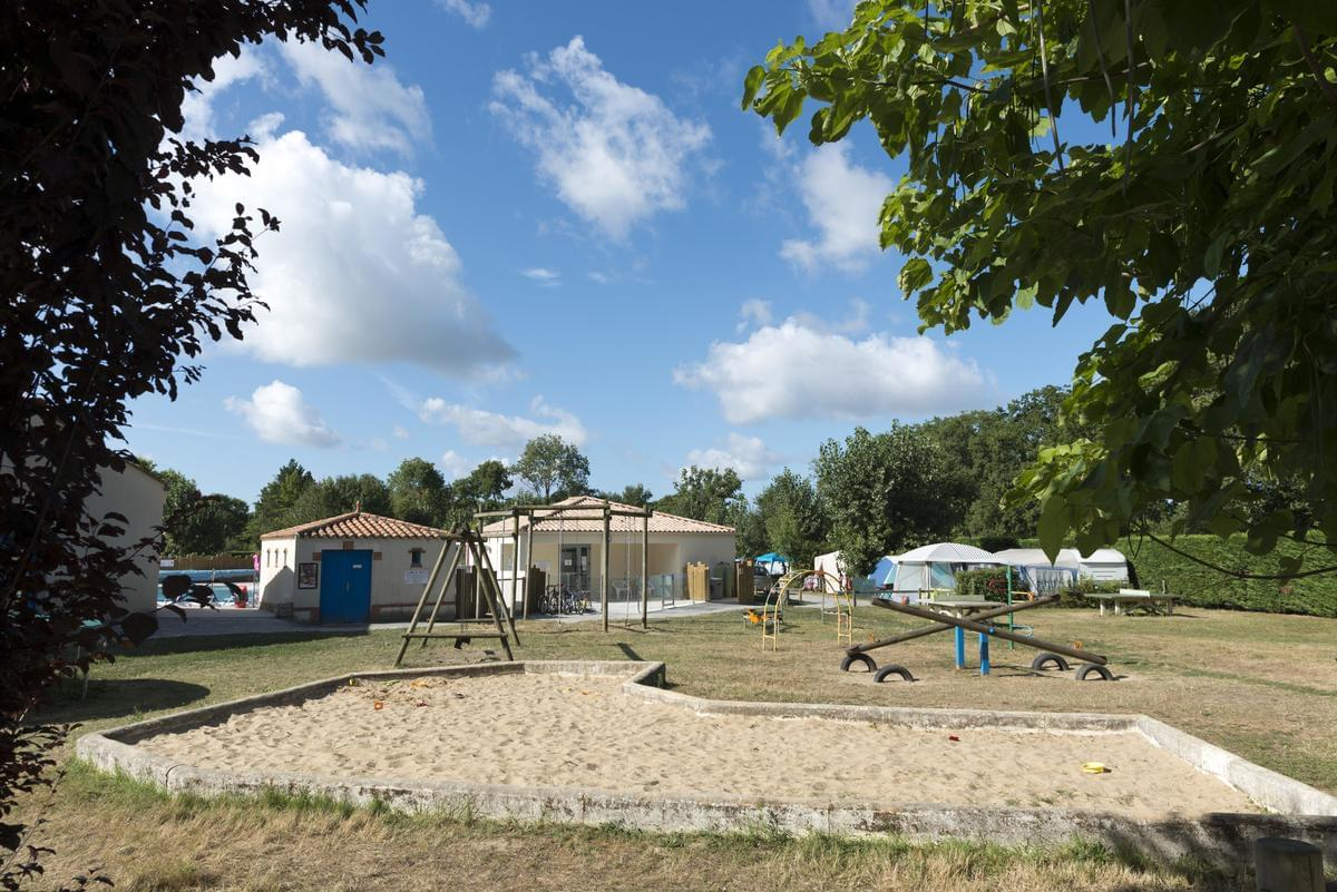 Camping Le Bois Joli - Photo 24