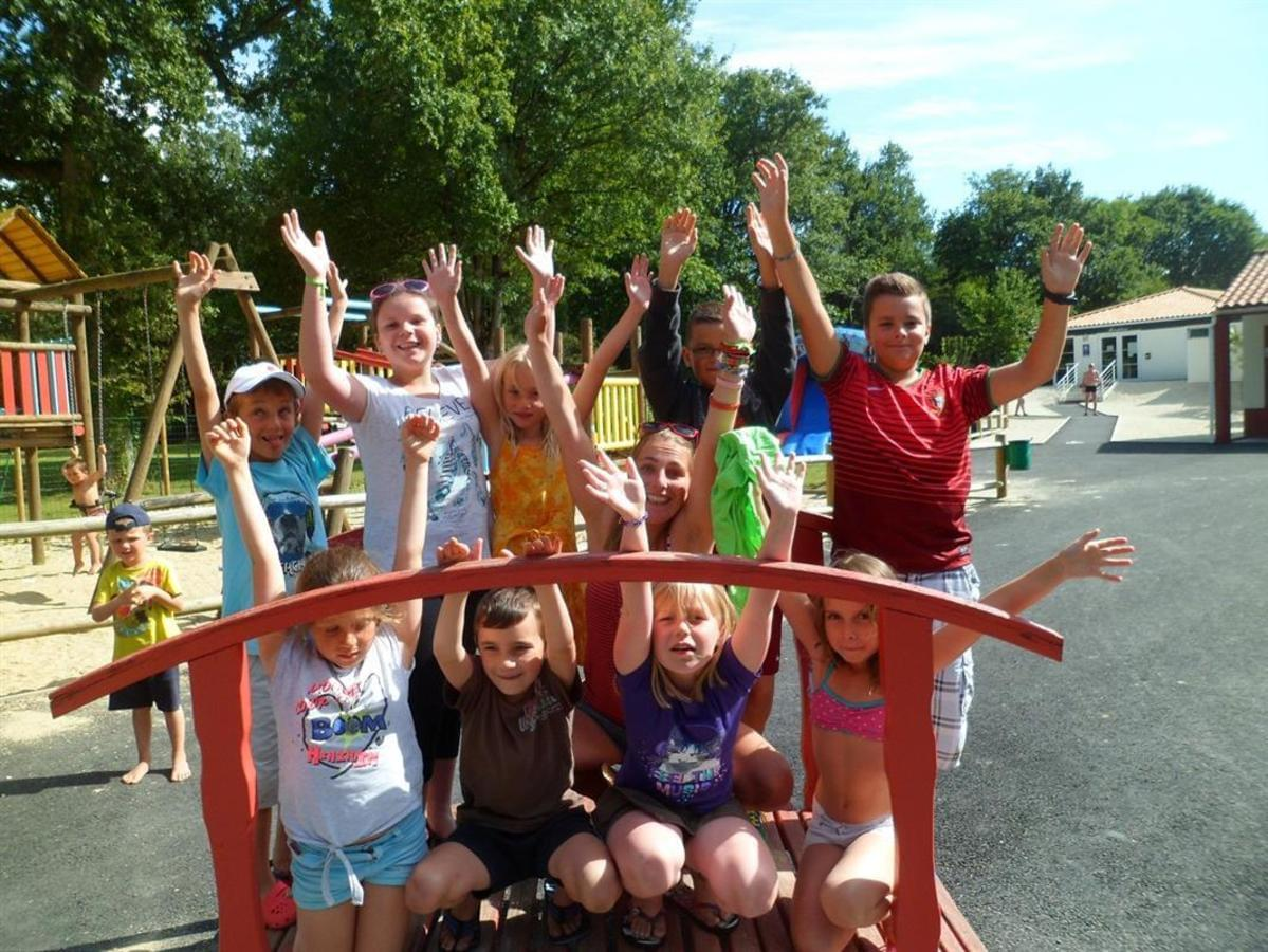 Camping Le Pont Rouge - Photo 13