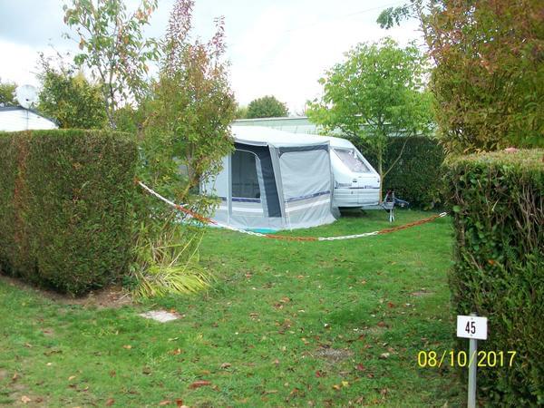 Camping ''LE PONT ROUGE ET LES VIGNES'' - Photo 8