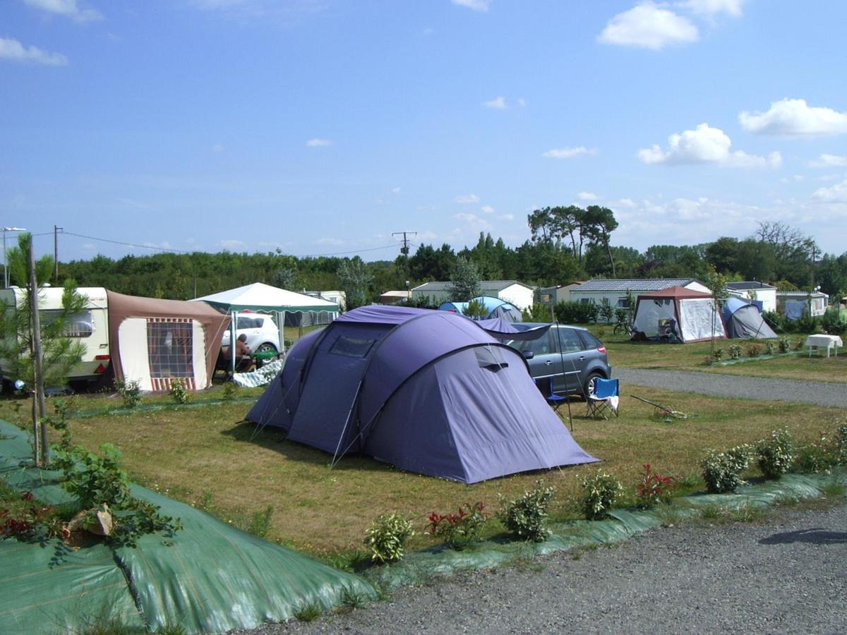 Camping Paradis DOMAINE DE BELLEVUE - Photo 9