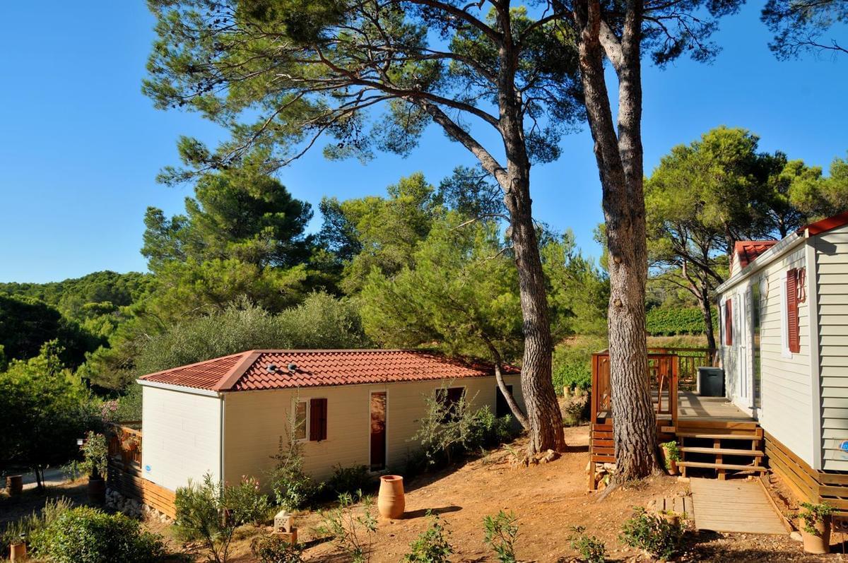 Camping Résidentiel La Pinède - Photo 2
