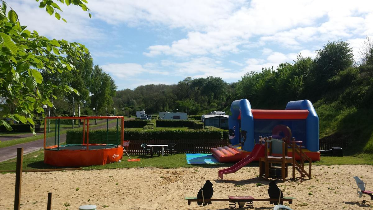 Camping Le Mont Joli Bois - Photo 9