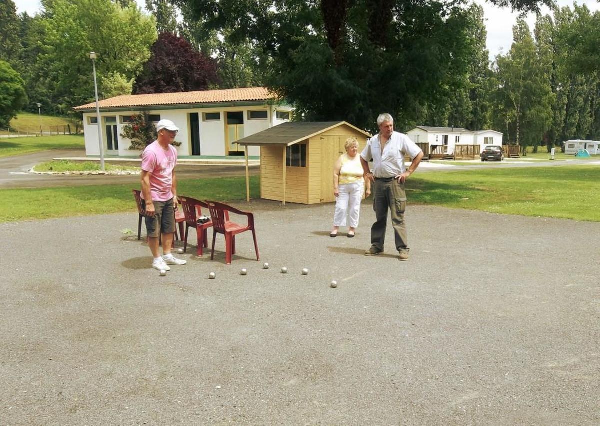 Camping de Civray - Photo 30