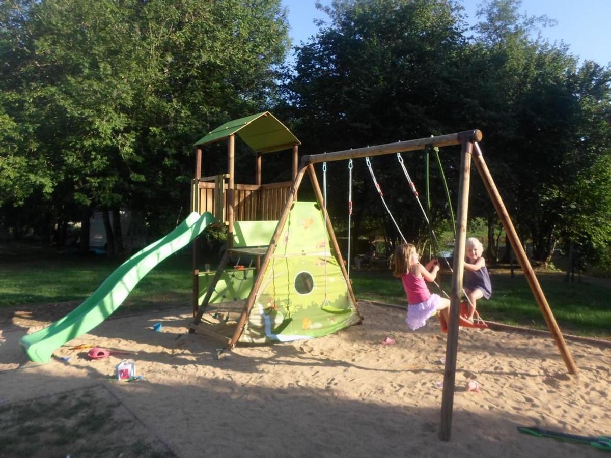 Camping de Civray - Photo 32