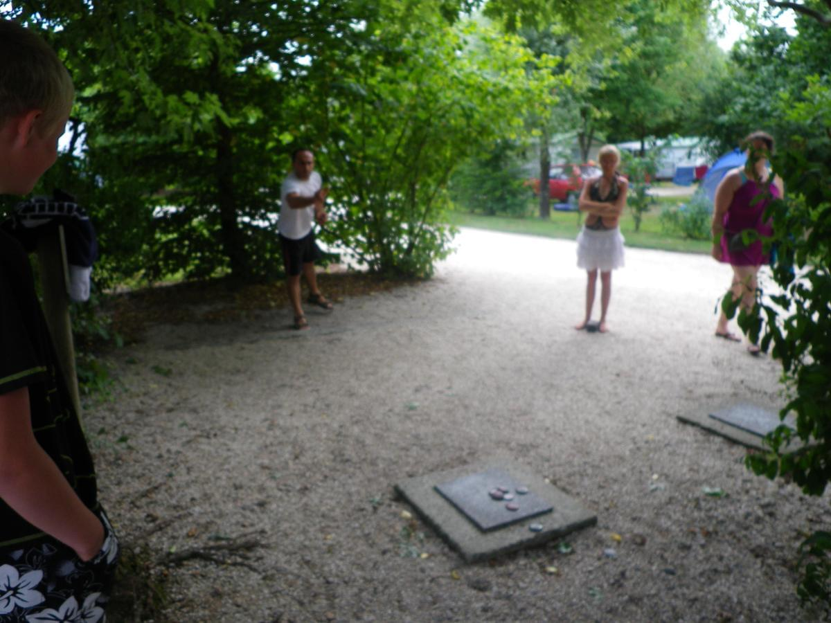 Camping Les Charmes - Photo 43
