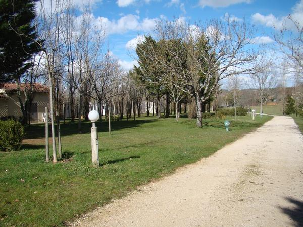 Camping LES GRAVES - Photo 4