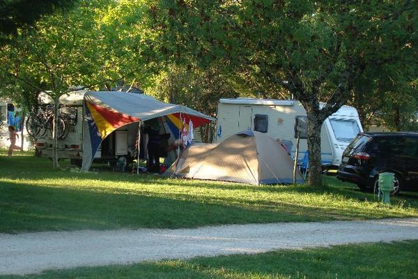 Camping LES GRAVES - Photo 5
