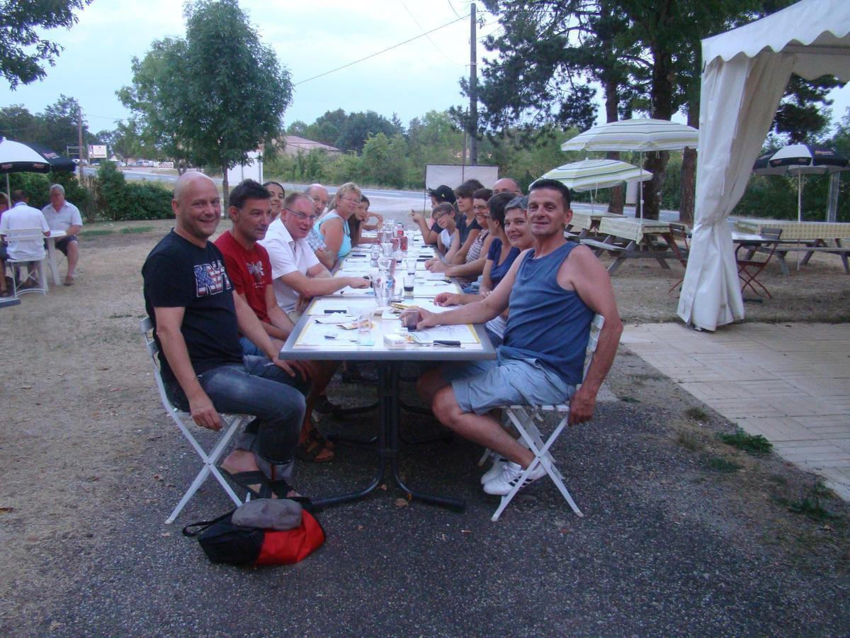 Camping LES GRAVES - Photo 25