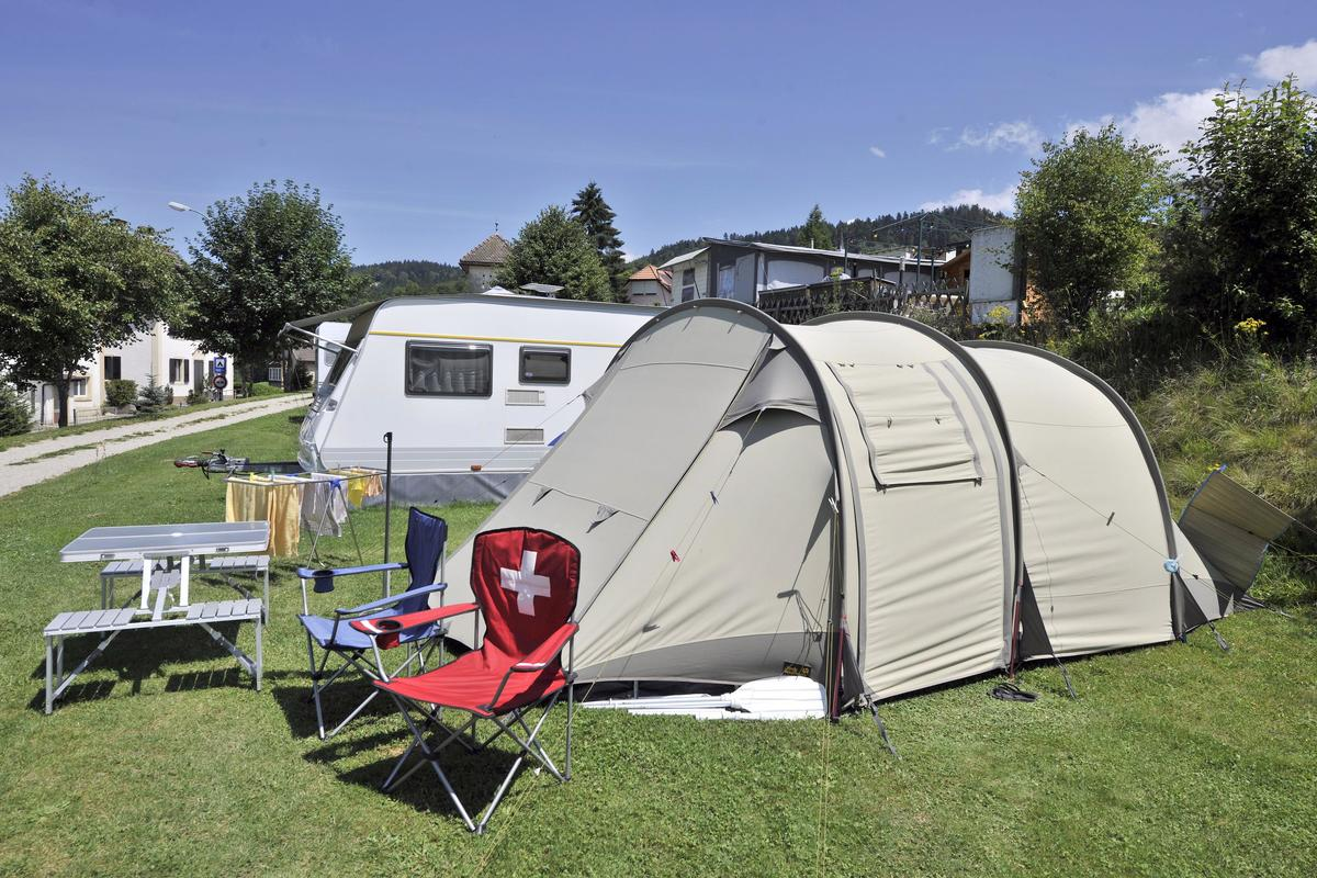 Camping Lac des Brenets - Photo 6