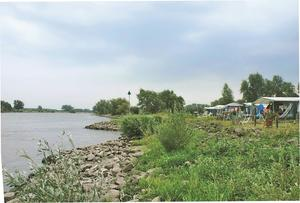 Recreatiepark en Jachthaven De Scherpenhof - Photo 2