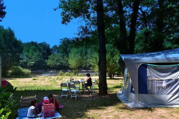 Camping LES CHALETS SUR LA DORDOGNE - Photo 7