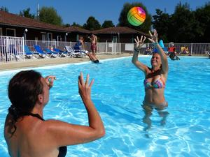 Camping Les Portes Du Beaujolais - Photo 14