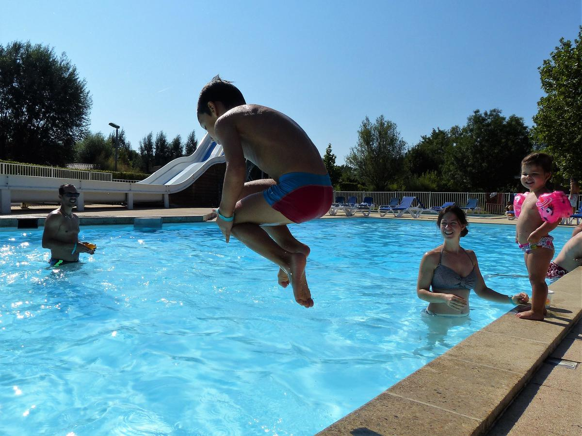Camping Les Portes Du Beaujolais - Photo 19