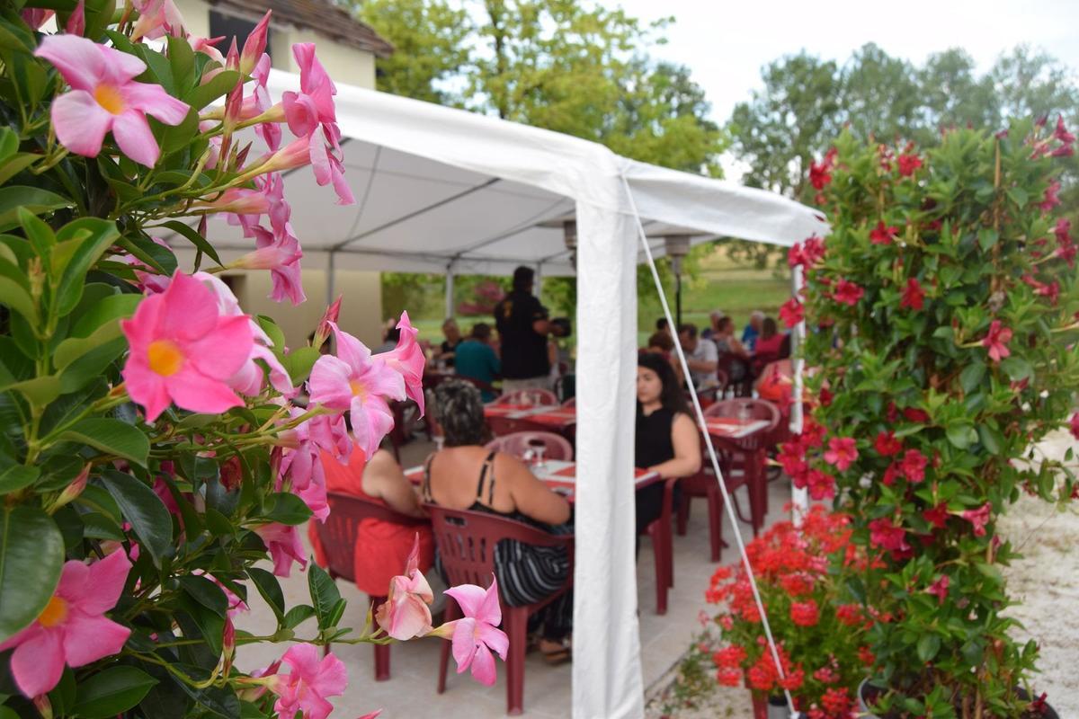 Camping Paradis Etangs de Plessac - Photo 34