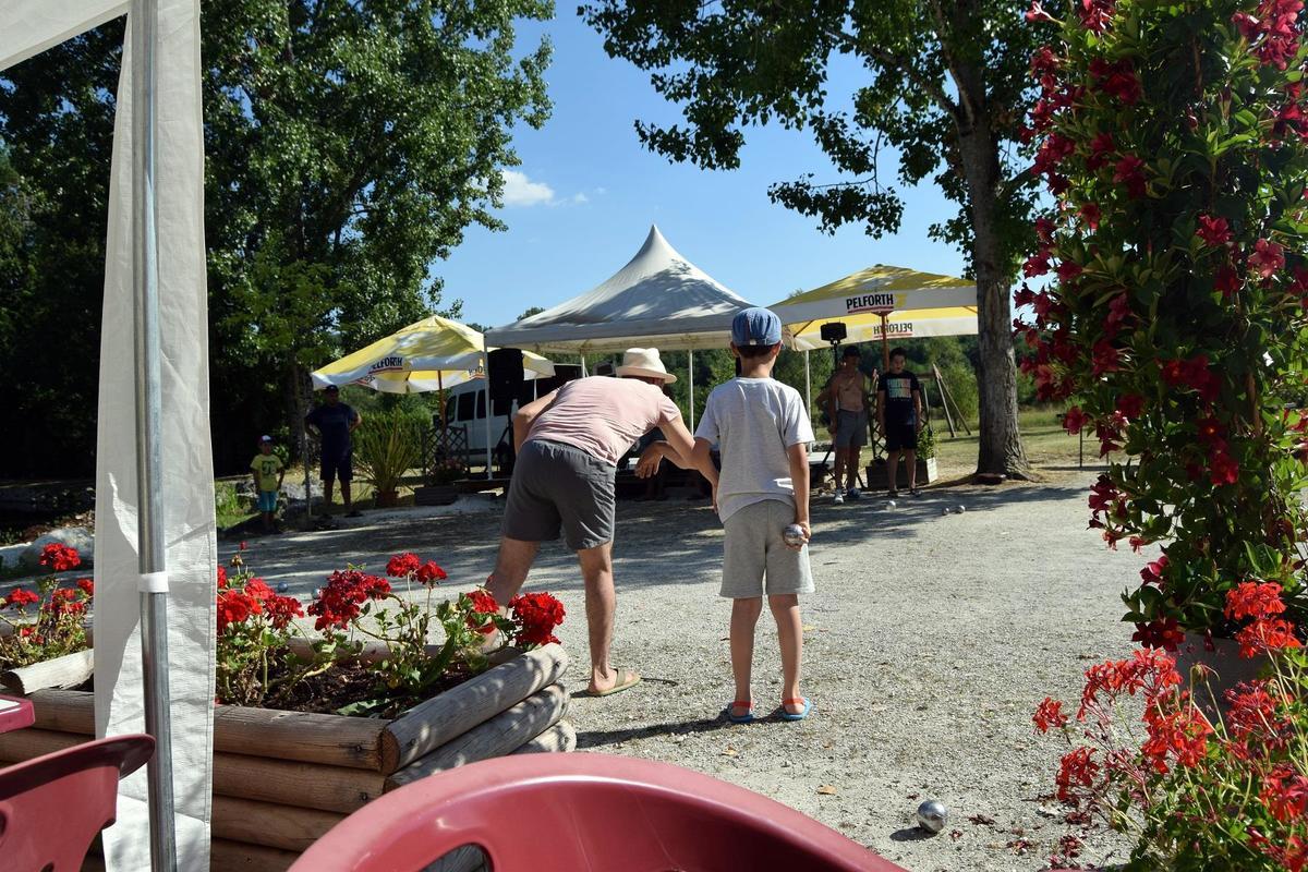 Camping Paradis Etangs de Plessac - Photo 48