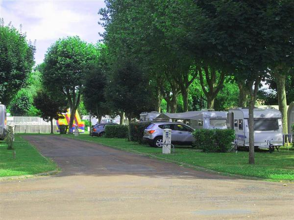 Camping Val de Boutonne - Photo 7