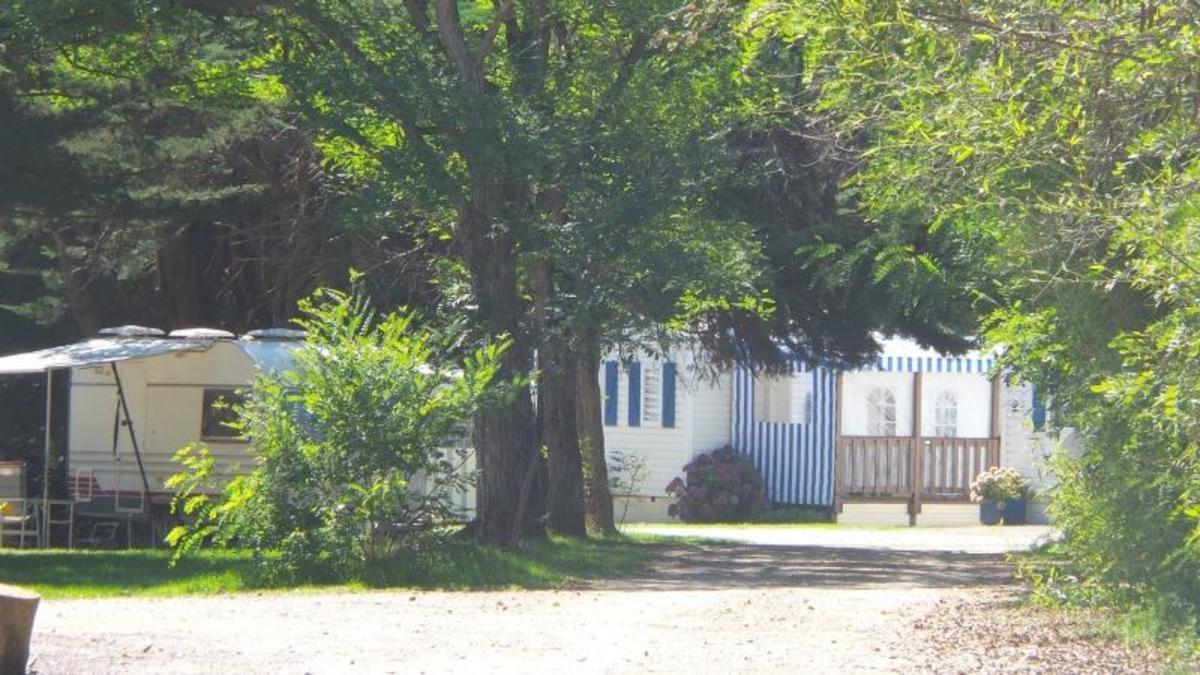 Camping du Vieux Château - Photo 9
