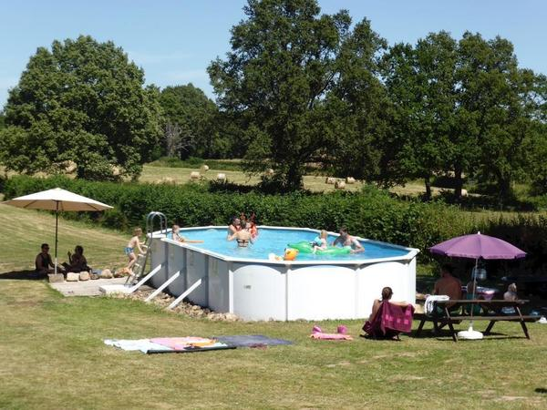 Camping Dun-le-Palestel - Photo 1