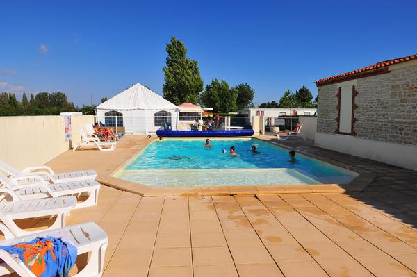 Camping APV Le Pavillon Bleu - Photo 2