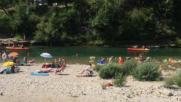 Camping LES PRADES - Photo 4