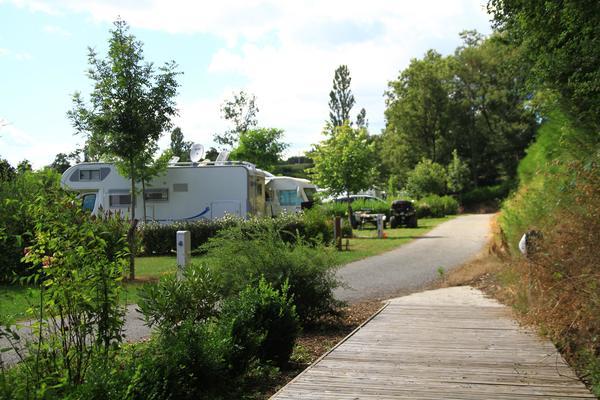 Flower Camping du Lac de Bonnefon - Photo 4