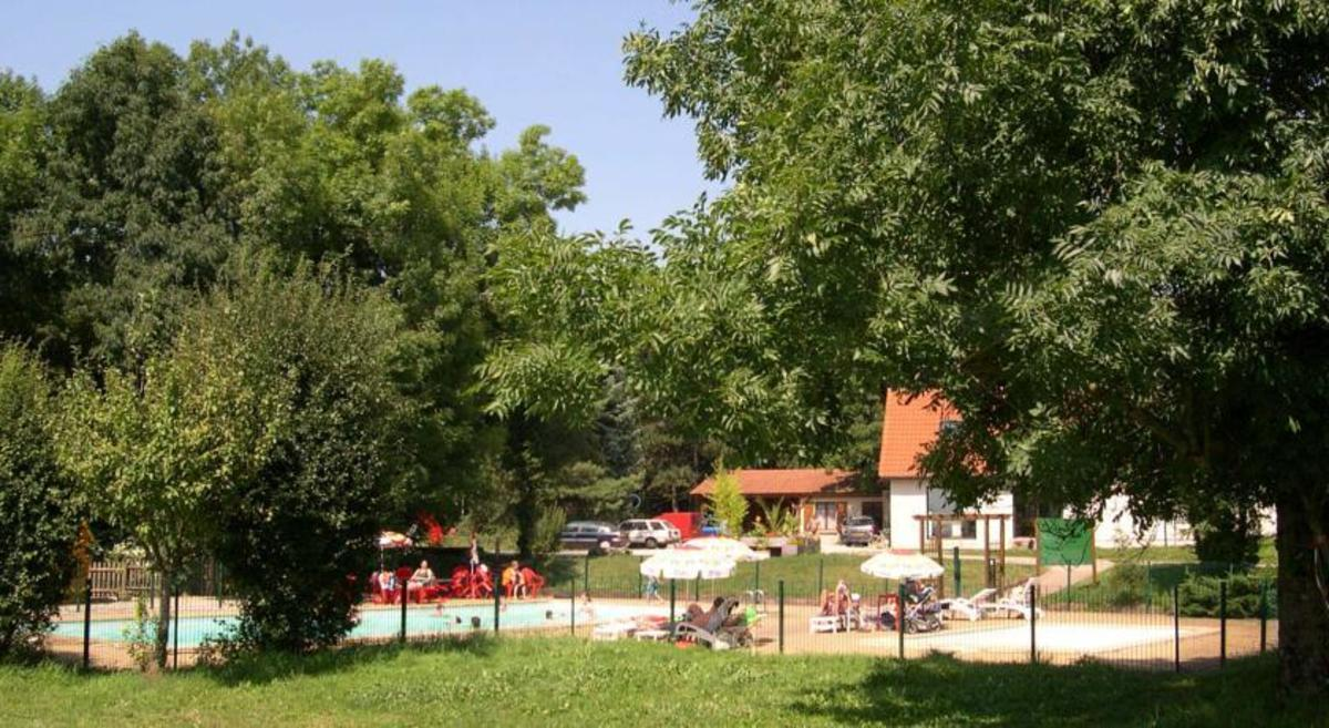 Camping La Croix d'Arles - Photo 2