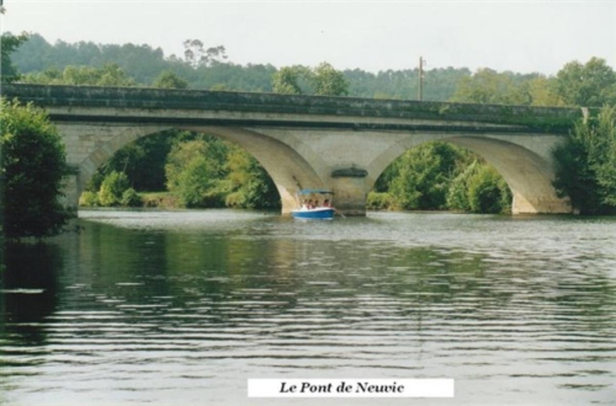 Camping Le Plein Air Neuvicois - Photo 31