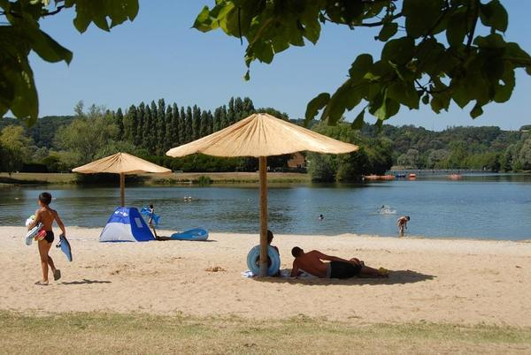 Camping du Lac des Varennes - Photo 2