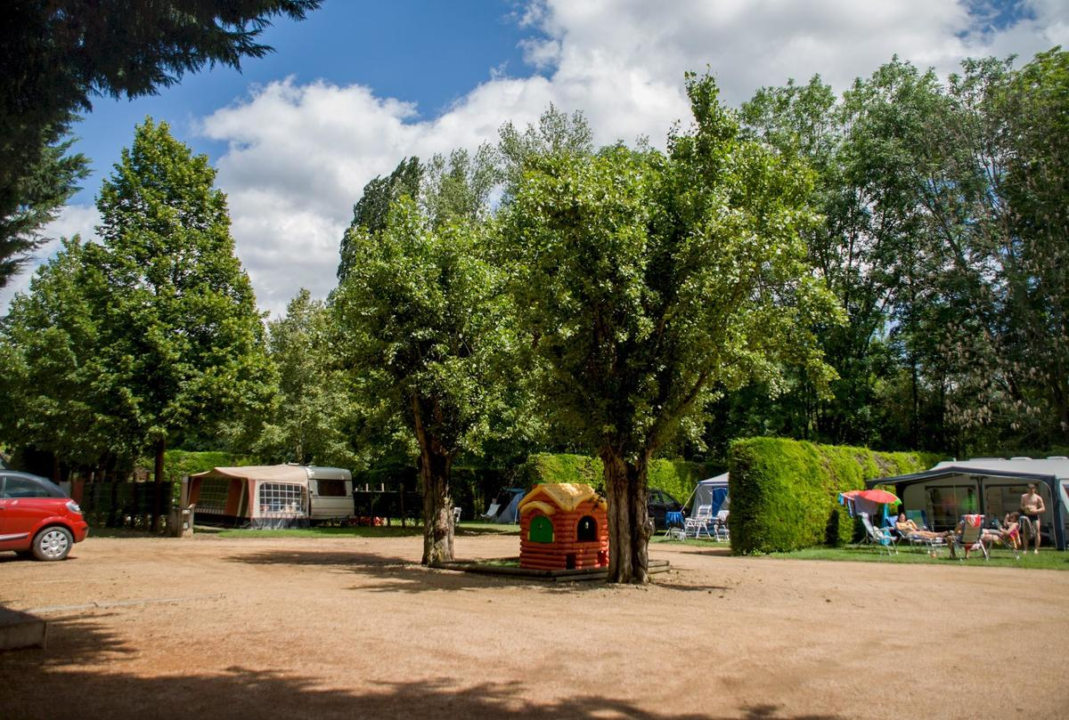 Camping Le Clos Auroy - Photo 16