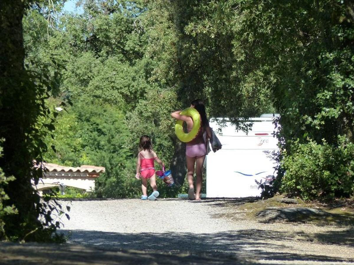 Camping LE MARTINET ROUGE - Photo 4